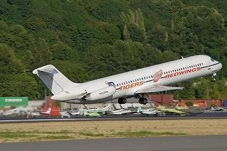 McDonnell Douglas DC9-50 - Private Jet Charter